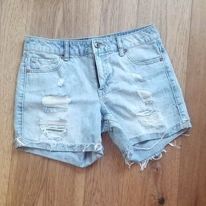 Forever 21 distressed light jean shorts cut offs